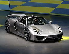 Porsche 918 Weissach walk around in Belfast